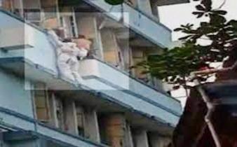 ভোররাতে জানলা পালাতে গিয়ে কার্নিসে আটকে করোনা রোগী